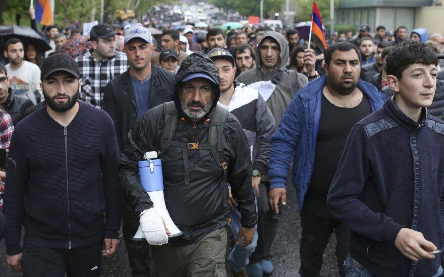 Politologas: Armėnija nebenori taikstytis su Maskvos arogancija