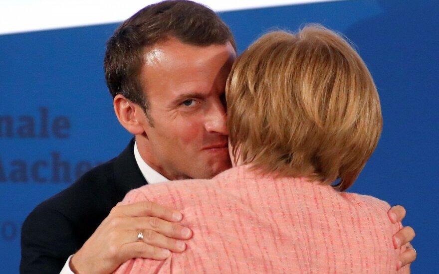 Macronas Vokietijos kanclerei: nelaukite, Europos labui veikite jau dabar