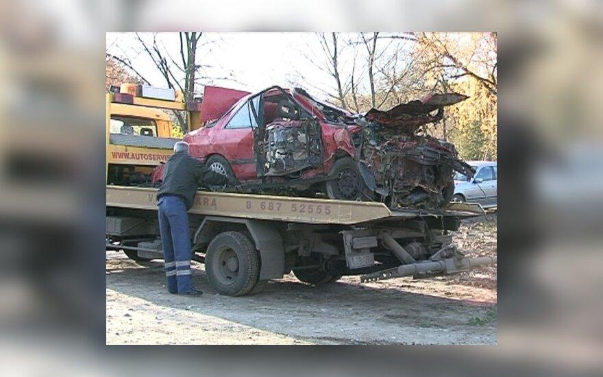 Naujos nutemptų automobilių saugojimo sąlygos papiktino verslininkus