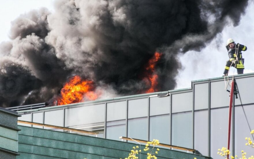 Vilniaus centre, Karaliaus Mindaugo apartamentuose, kilo didžiulis gaisras
