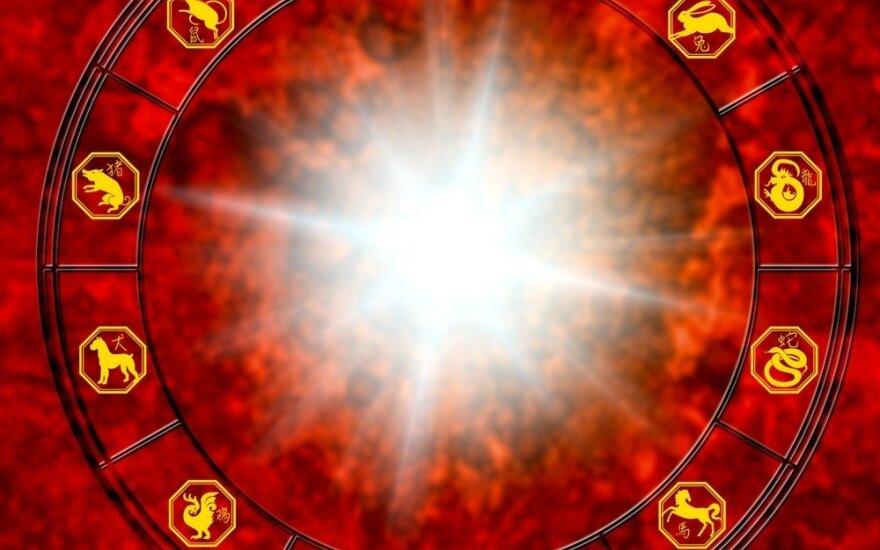 """Astrologės Lolitos prognozė lapkričio 22 d.: <span style=""""font-family: Arial, sans-serif;"""">jausmų patikrinimo diena</span>"""