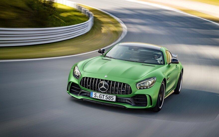 """""""Mercedes-AMG GT-R"""""""