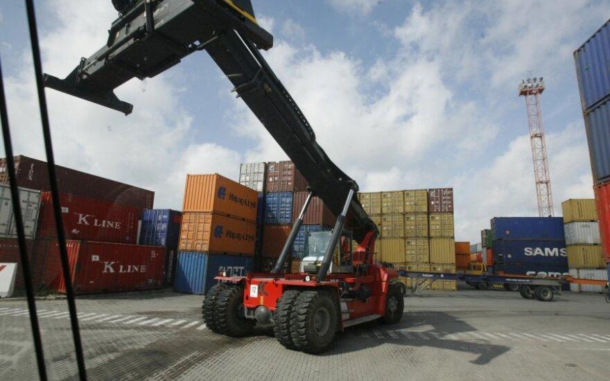 Rusai grasina atimti krovinius Baltijos šalių uostų