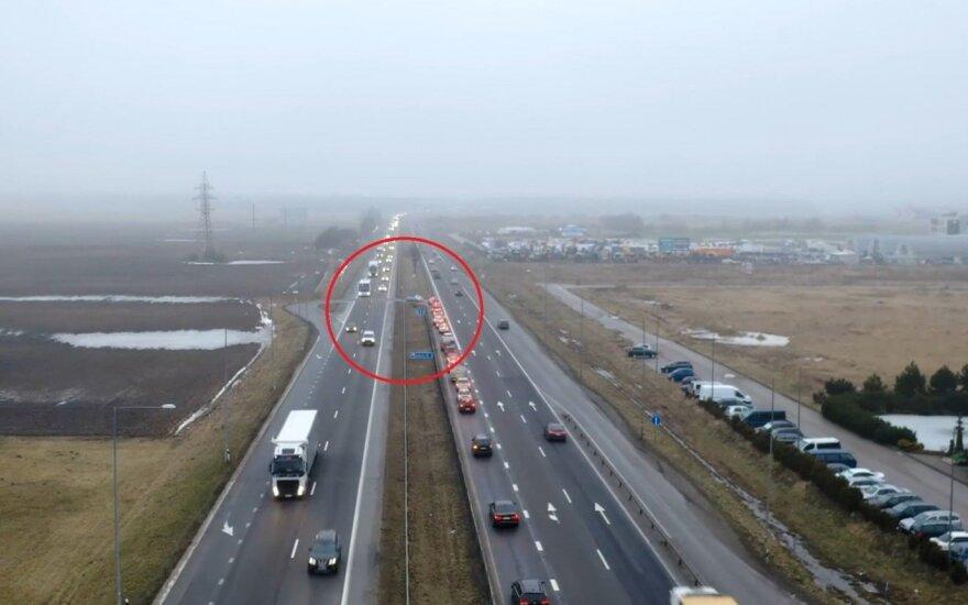 Magistralėje A1 egzistuojantis nesaugus apsisukimas kelia nerimą vairuotojams