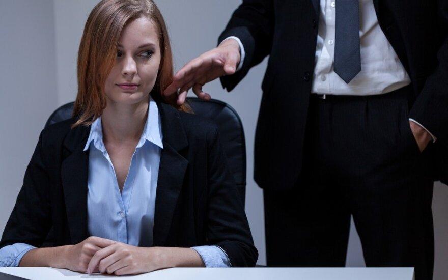 Būtina žinoti kiekvienai: kaip atpažinti seksualinį priekabiavimą?