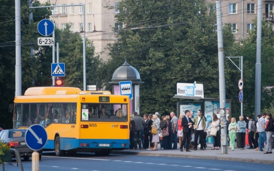 Kelionė autobusu supykdė vilnietę