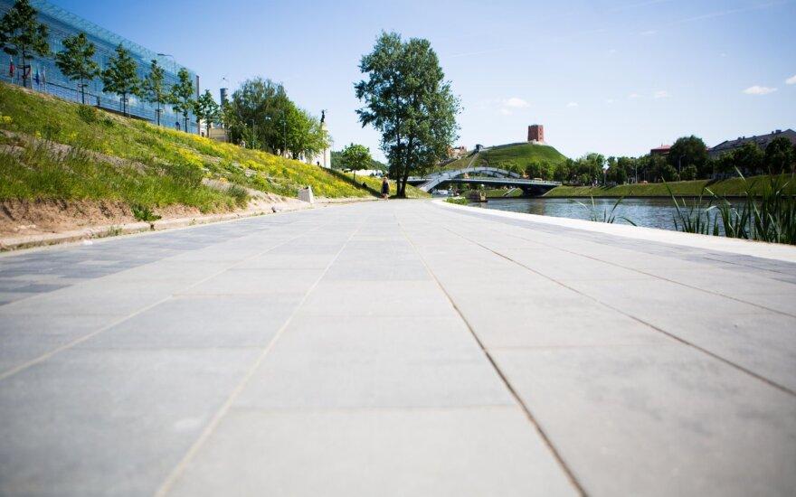 Vilniaus Neries krantinėje žadamos naujovės: bus įrengiami dviračių ir pėsčiųjų takai