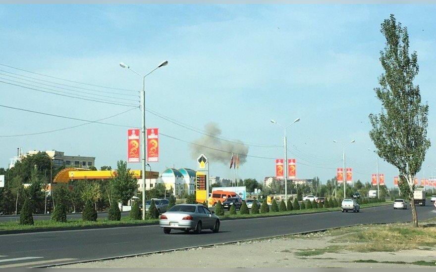 Šalia kinų ambasados Kirgizijoje nugriaudėjo sprogimas