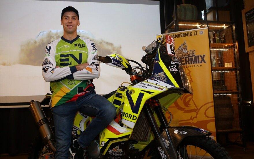 Arūnas Gelažninkas pristato Dakaro motociklą
