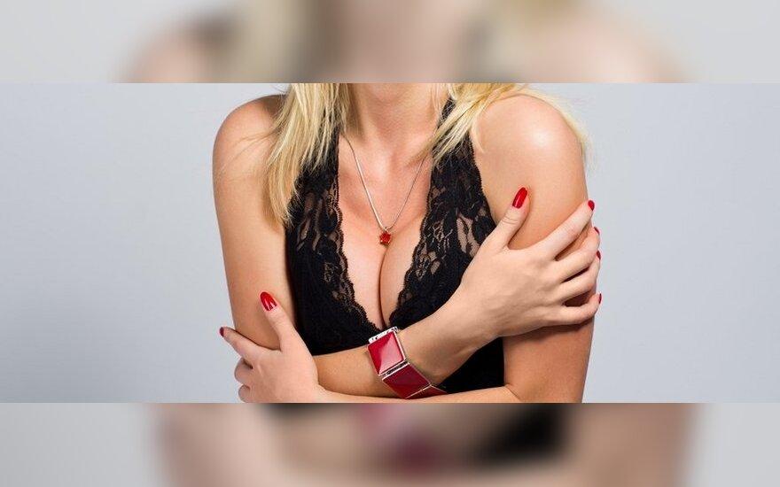 Ką vilkėti moterims, turinčioms didelę krūtinę?