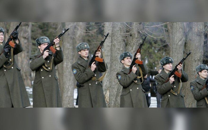 Menotyrininkė: Vilniuje turi likti bent vienas okupacijos ženklas