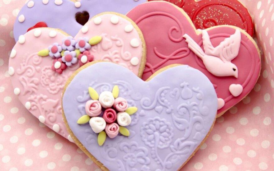 Pasidaryk pats: širdelės Valentino dienai iš sūrios tešlos