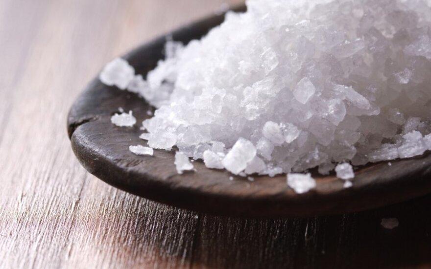 Druska ne tik maistui: išradingi būdai, kaip ją panaudoti buityje