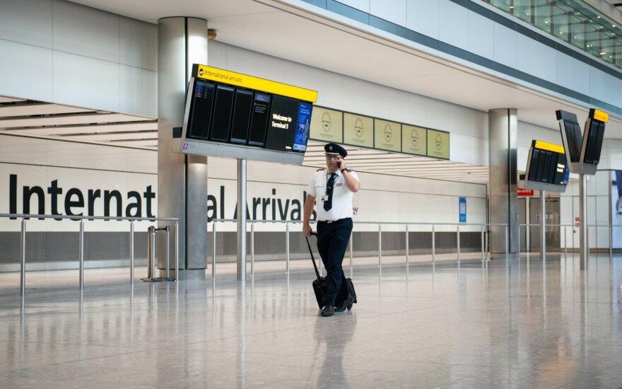 Austrijoje bus įvesta minimali 40 eurų skrydžio bilieto kaina