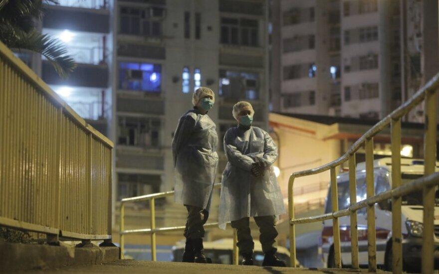 Kinija staiga ėmė kitaip skaičiuoti infekuotuosius koronavirusu