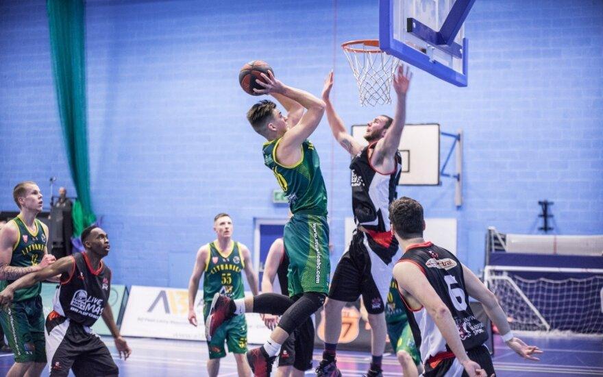 """""""Lituanica"""" krepšininkai pergalingai pradėjo Naujus metus (G200 nuotr.)"""