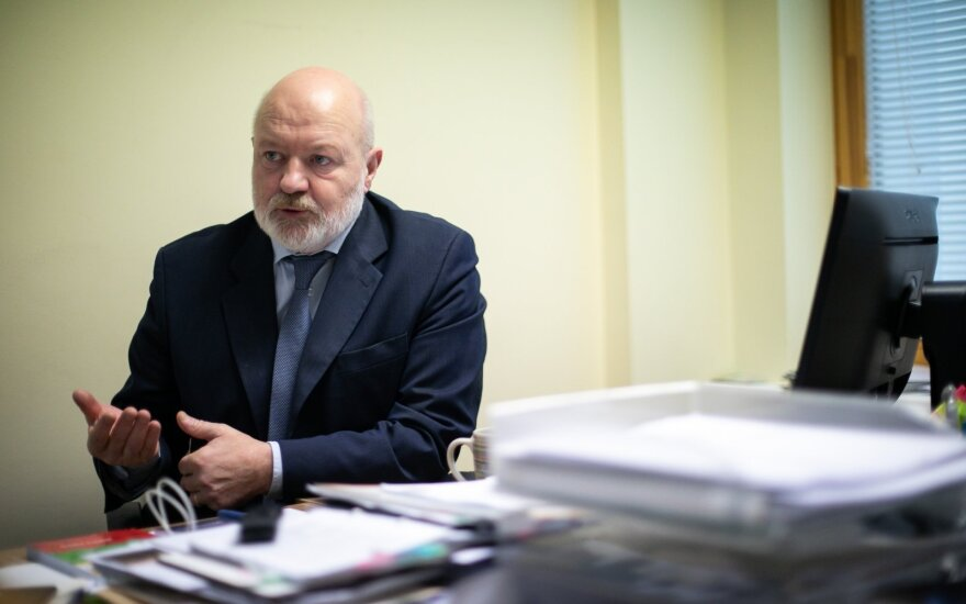Į etikos sargus kreipęsis Gentvilas reikalauja, kad Karbauskis viešai paneigtų melagingus teiginius