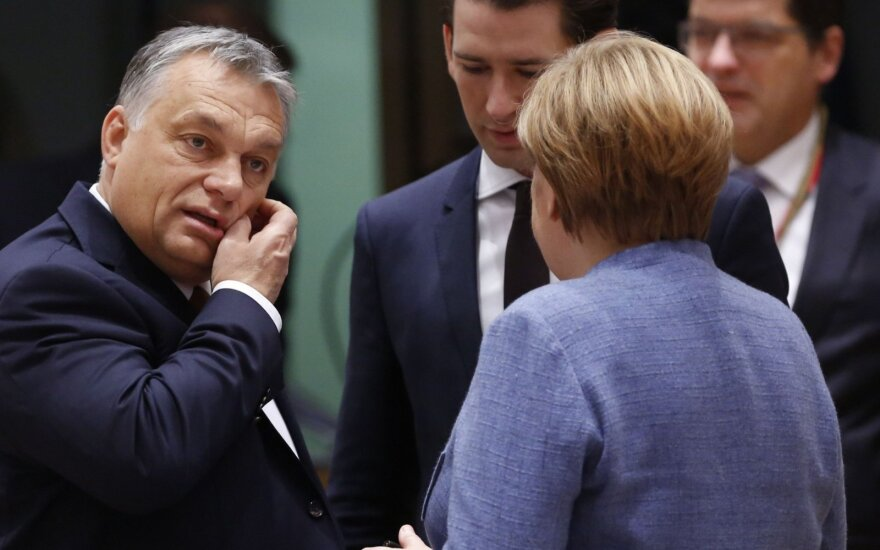 Viktor Orban with Angela Merkel