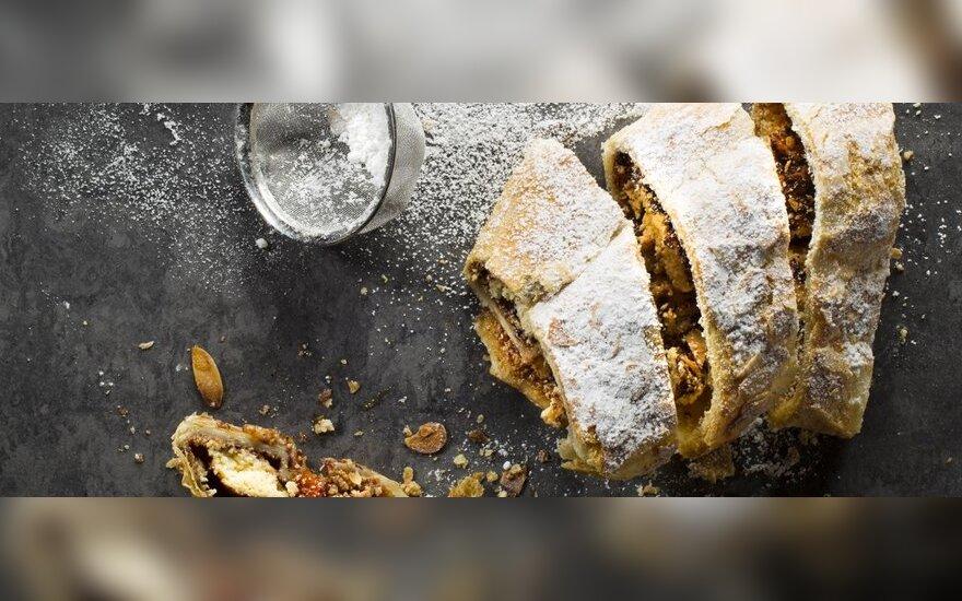 """""""Virtuvės mitų griovėjai"""": greitas pyragas - vyniotinis"""