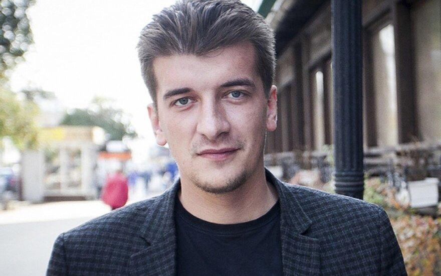 Vokietija ragina pradėti tyrimą dėl iš balkono iškritusio rusų žurnalisto mirties