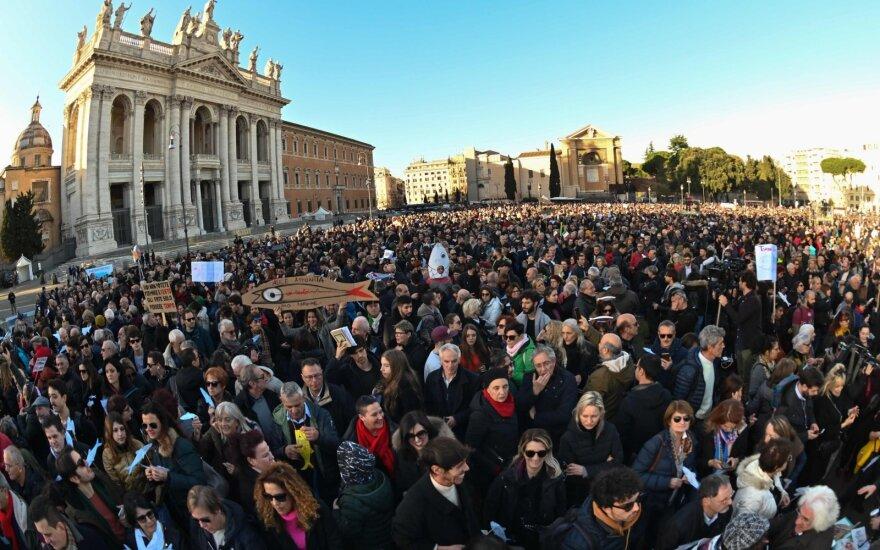 Romoje – mitingas prieš kraštutinius dešiniuosius
