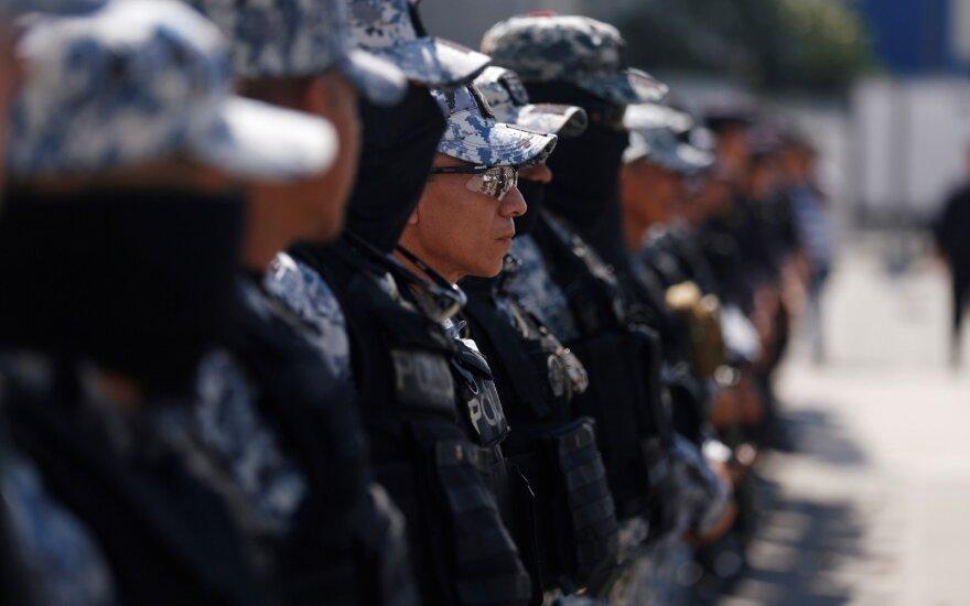 Salvadoro gyventojai renka naują prezidentą