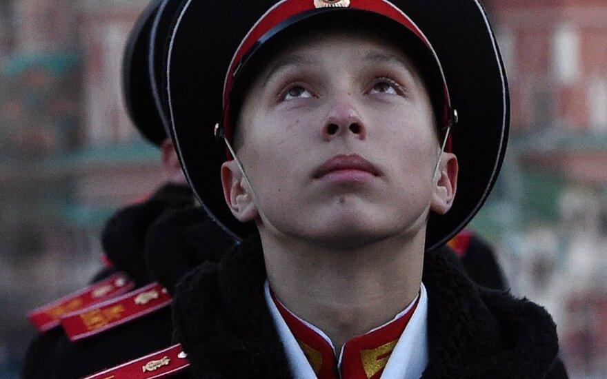 Beveik trečdalis Lietuvos gyventojų mano, kad šalis – per griežta Rusijai