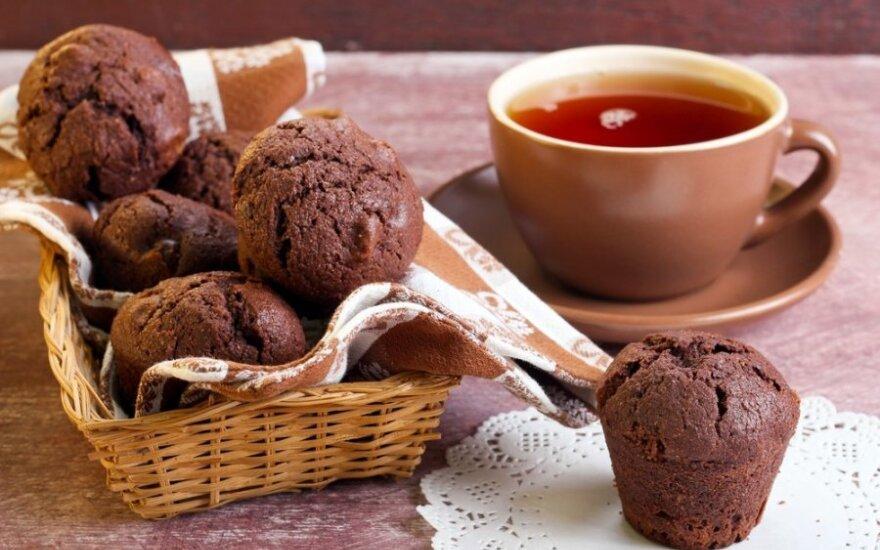 Šokoladiniai raudonojo vyno keksiukai