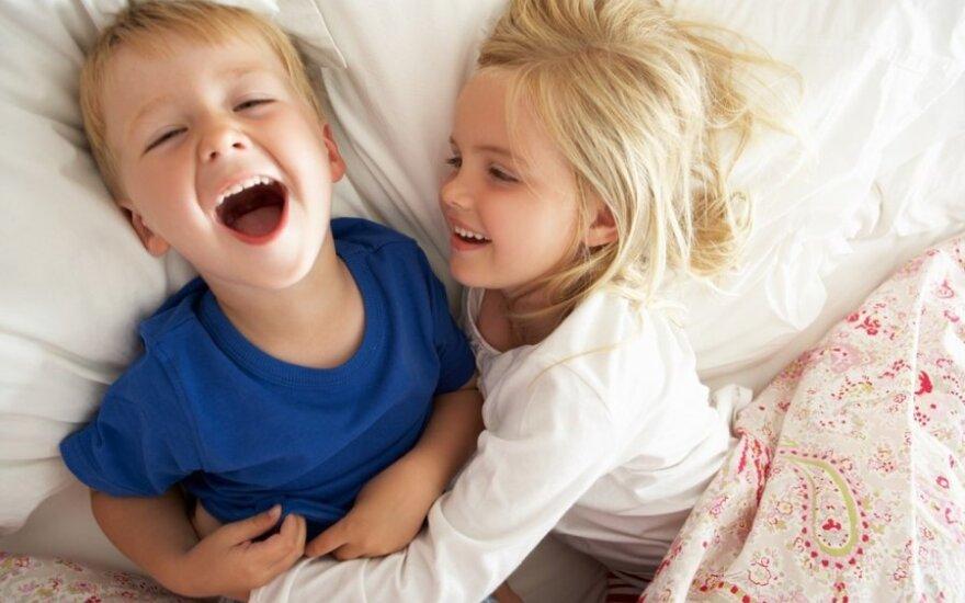 Naujagimis šeimoje, kuri jau turi vaikų: kas dabar bus?