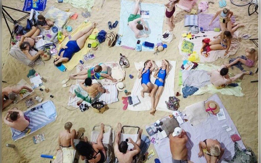 Venecijos bienalėje Lietuvos paviljonas virs dainuojančiu paplūdimiu