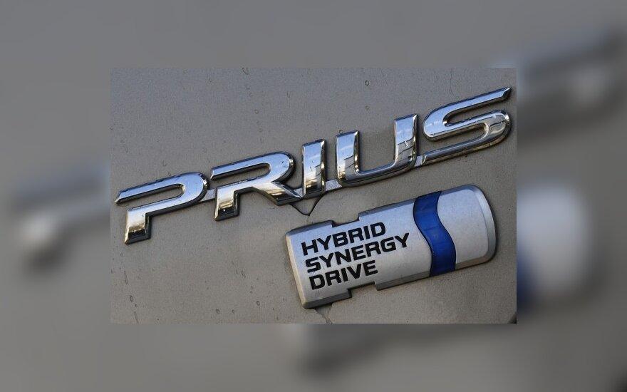 """Kalifornijoje – dar vienas incidentas su """"Toyota Prius"""""""