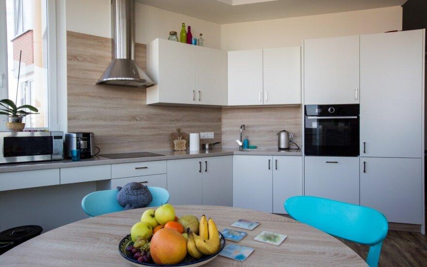 Ekspertai pataria, kokių klaidų nedaryti įsigijus pirmąjį būstą