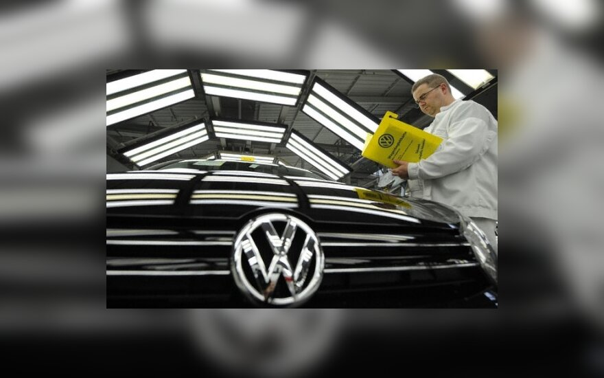 """""""Volkswagen"""" iki 2018 m. ketina 3 kartus padidinti pardavimus Kinijoje"""
