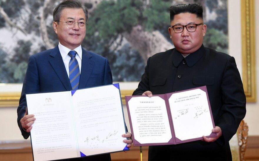 Moon Jae-inas baigė vizitą Šiaurės Korėjoje