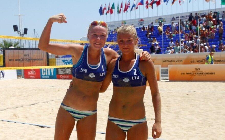 I. Dumbauskaitė ir M. Povilaitytė pateko į pasaulio jaunimo paplūdimio tinklinio čempionato pusfinalį