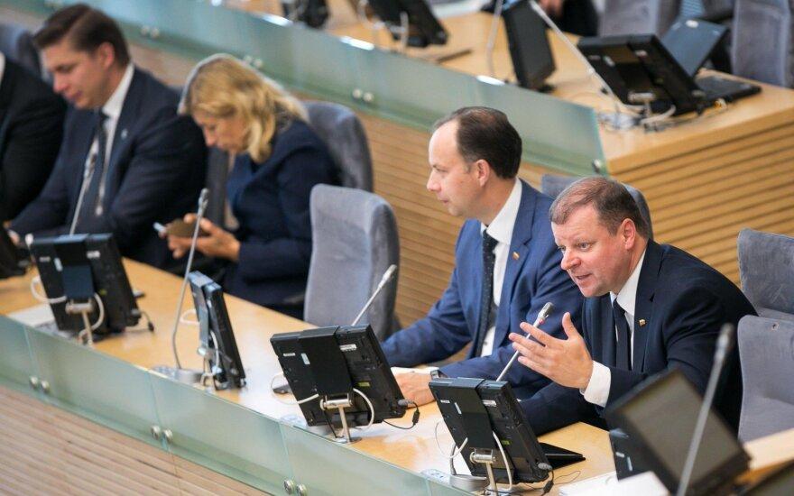 Seimas atmetė siūlymą įpareigoti premjerą per 15 dienų teikti ministrą į laisvą vietą