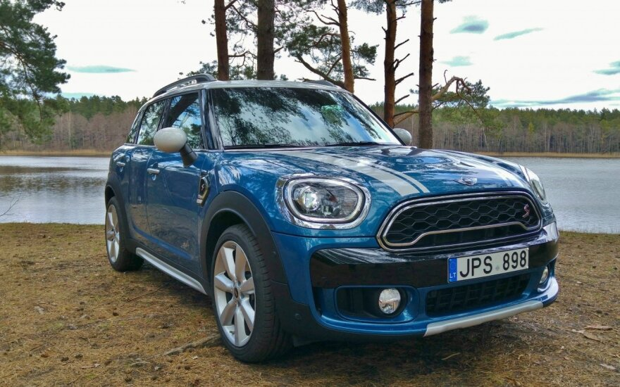 """Mini Countryman Cooper SD All4"""
