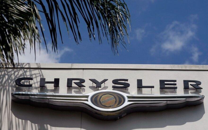"""""""Chrysler Group"""" atšaukia kone 300 tūkst. automobilių"""