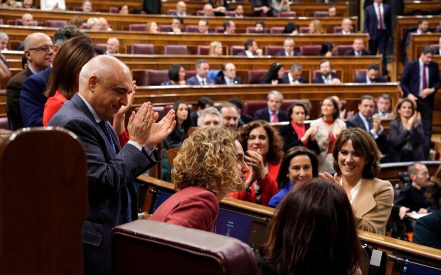 Ispanijoje darbą pradeda naujasis šalies parlamentas