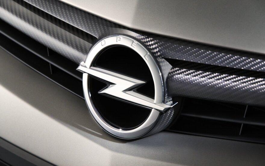 """""""Opel"""" atsisveikins su trimis savo modeliais"""