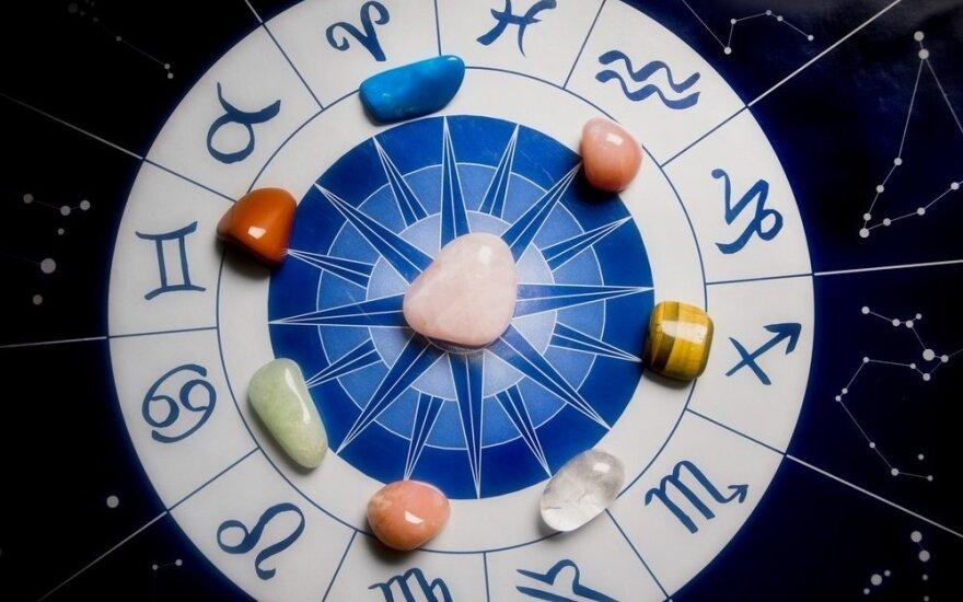 Astrologės Lolitos prognozė gruodžio 7 d.: ryžtingų pokyčių diena