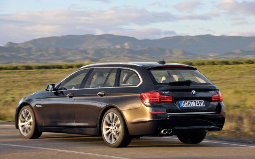 BMW 5 Touring universalas