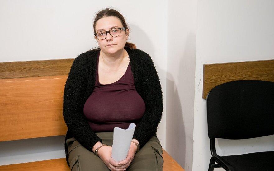 Nustatyta moters, kurios palaikus įtariamoji žudikė bandė sudeginti Verkių parke, tapatybė