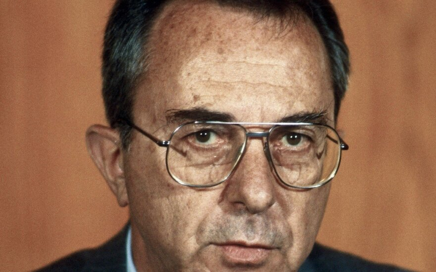 Moshe Arensas, 1984 metai