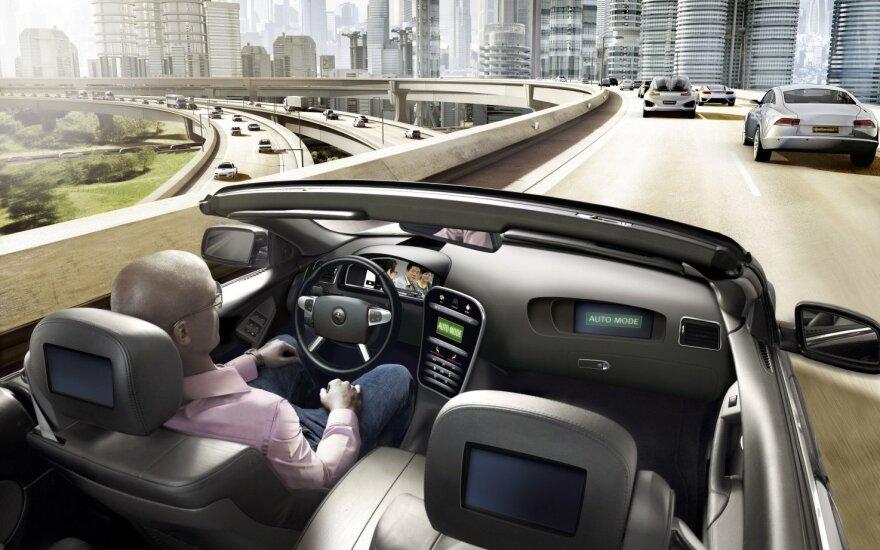 Ar policija turės teisę perimti savarankiškai važiuojančio automobilio kontrolę?