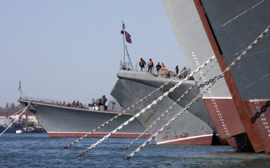 Rusija siunčia laivus į atkuriamą karinių jūrų pajėgų bazę Arktyje