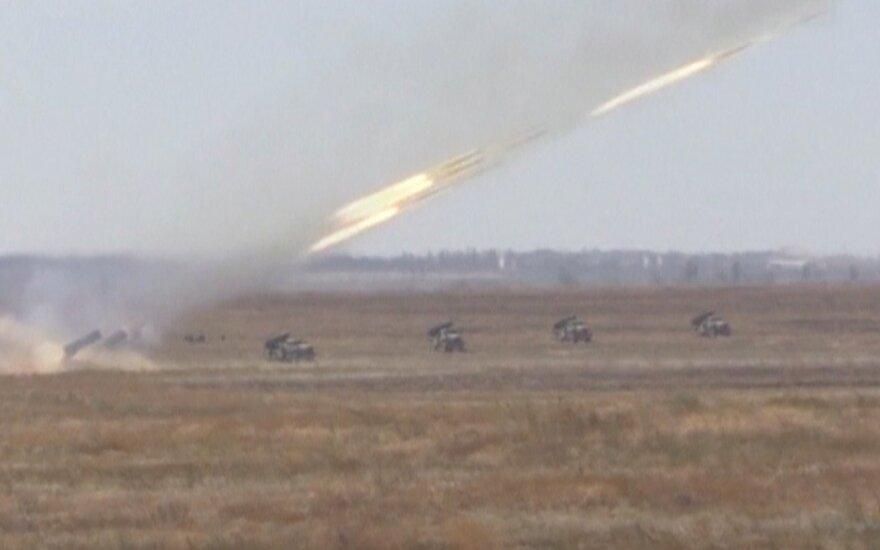 Žiniasklaida: Rusijos Gynybos ministerija pagrasino Kijevui raketų išpuoliu