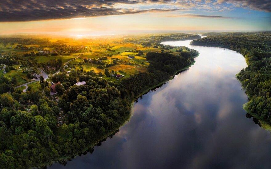 Pagal Darnaus vystymosi plėtrą Lietuva velkasi ES dugne, atsiliekame nuo Baltijos šalių