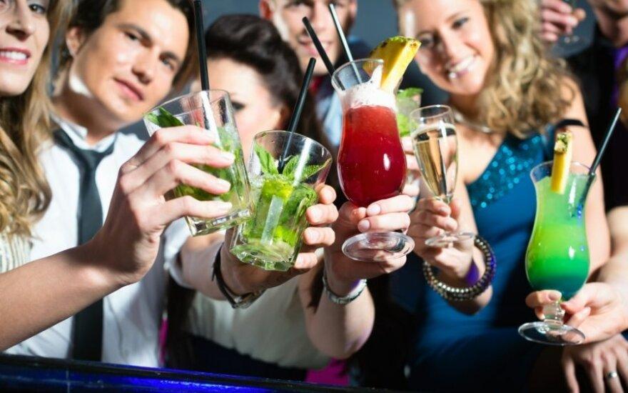 Draudimas pakeliui: iki 20 metų – jokio alkoholio