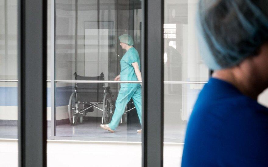 Prie Seimo medikai reikalaus prioriteto sveikatos apsaugai